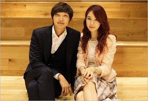 Yoo In Na and Ji Hyun Woo