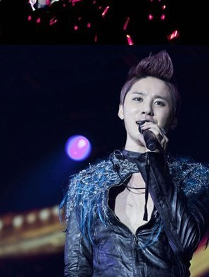 JYJ Junsu Finishes Asia Tour in Hong Kong, 'Korea's Best Singer'