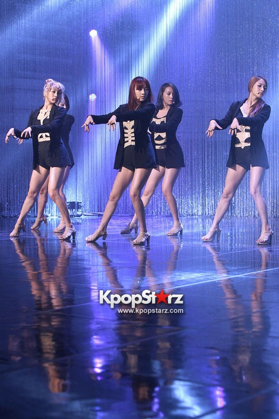 "KARA's Mature Stage of MBC's ""Show Champion"""
