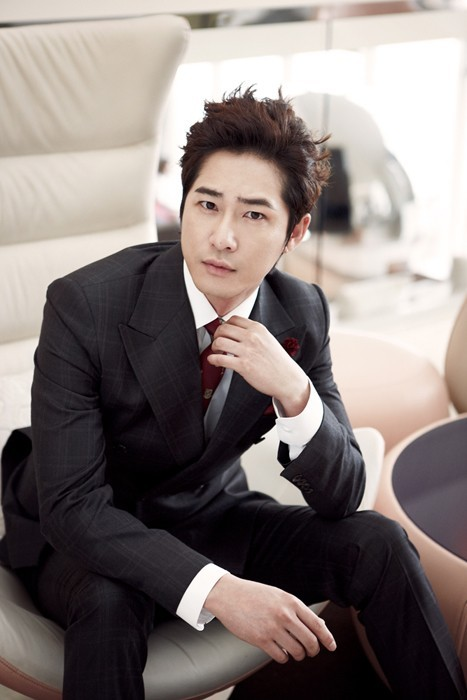 Kang Ji Hwan Selected as Lotte Hotel Model