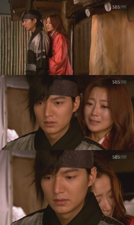 'Great Doctor' Kim Hee Sun and Lee Min Ho Back Hug