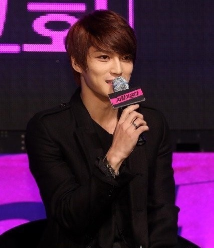 "JYJ Jaejoong, ""I Almost Couldn't Get Married Because of Song Ji Hyo"""