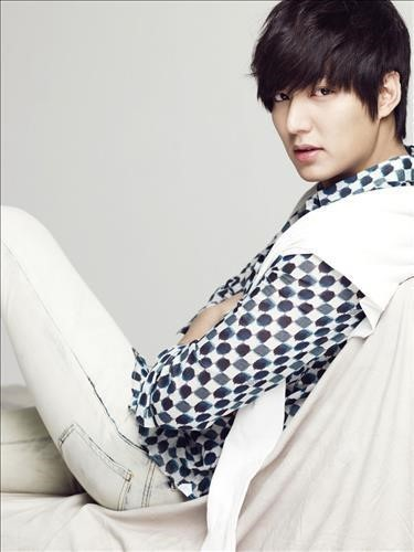 Actor Lee Min Ho to Release First Album and Start 10 City Tour this May