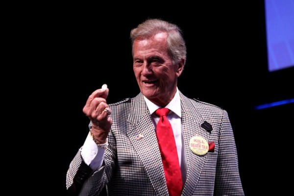 In a Wednesday interview with Fox Business News, Pat Boone called President Obama a Marxist and a socialist.