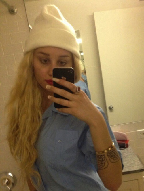 Amanda Bynes is still blonde, misses court date for misdemeanor with plea deal in the works