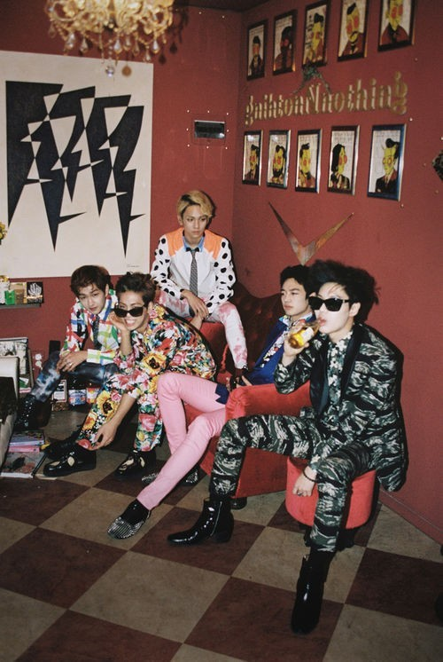 SHINee to Release 'Why So Serious?' MV Teaser on April 22, 'Charisma'