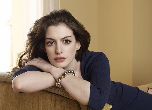 Anne Hathaway will not be starring in the Broadway revival of 'Cabaret', according to the actress's representative.