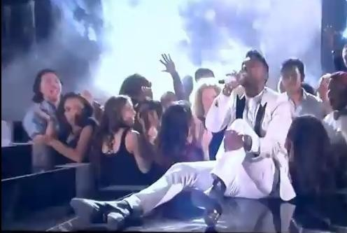 Miguel Performing at Billboards Music Awards 2013