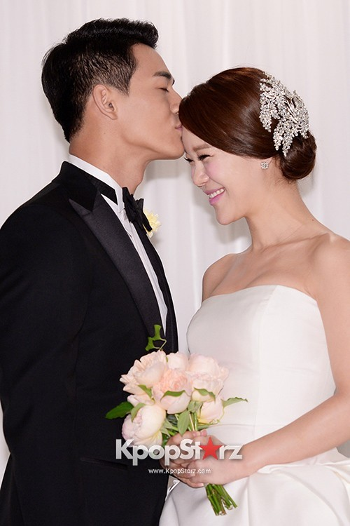 Baek Ji Young and Jung Suk Won's Wedding Press Conference on May 2, 2013