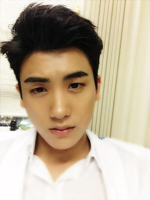 park hyungshik self-camera before comeback stage